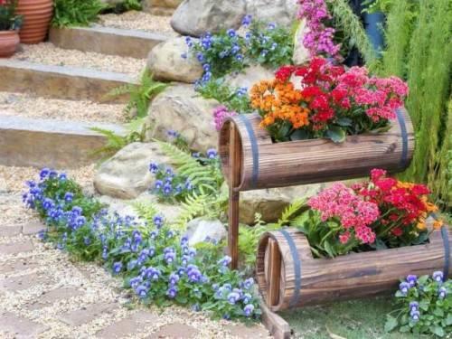 Как сделать цветочник своими руками